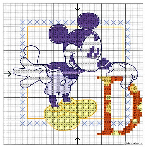 Alphabet lettres point de coix Mickey la souris (1)
